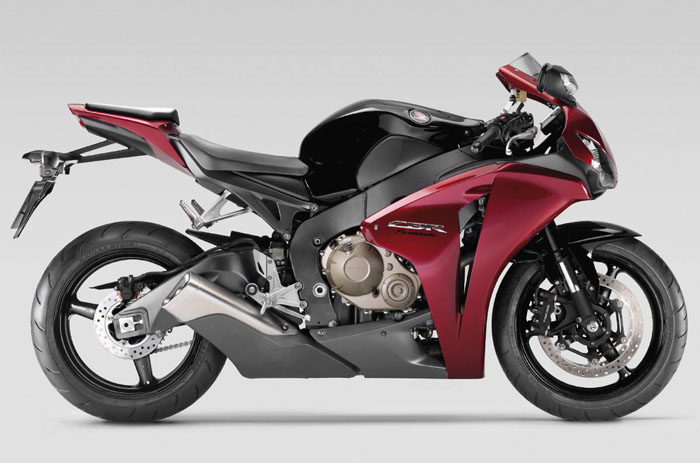 honda fireblade die evolution einer legende. Black Bedroom Furniture Sets. Home Design Ideas